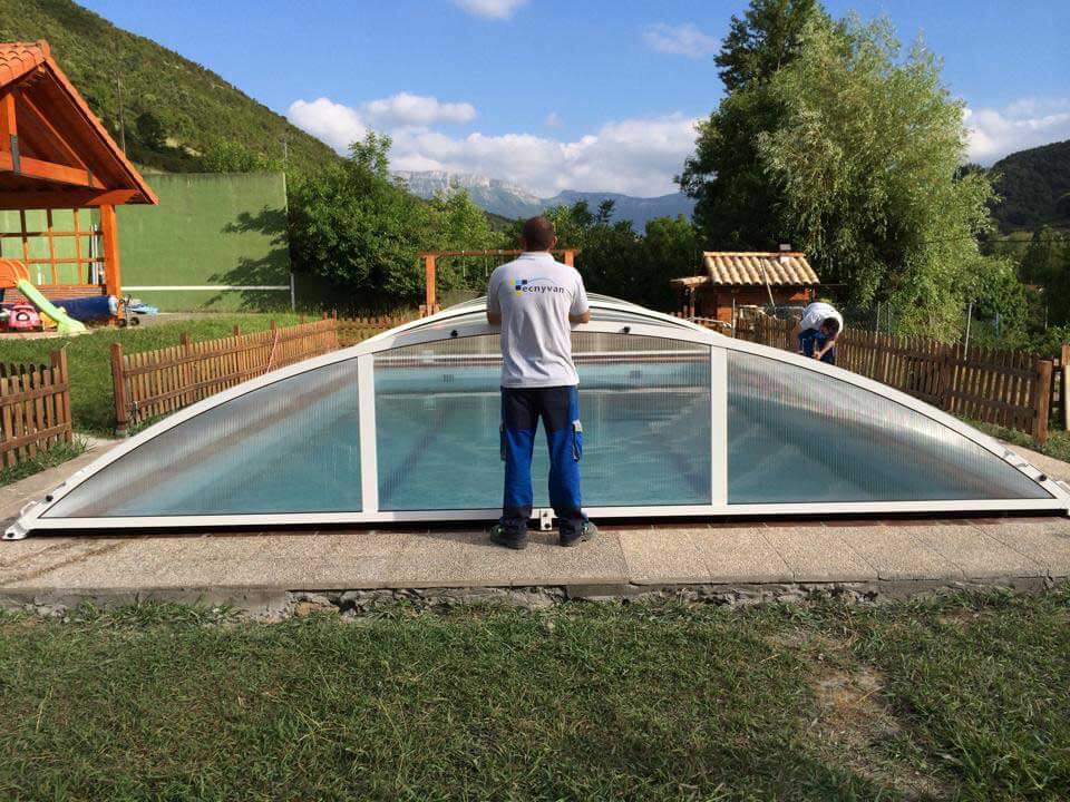 Tecnyvan fabricante de cubiertas para piscinas - Fabricante de piscinas ...