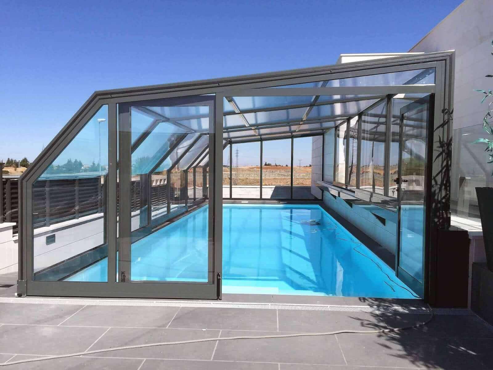 Cubiertas de piscinas personalizadas tecnyvan for Fabricantes piscinas