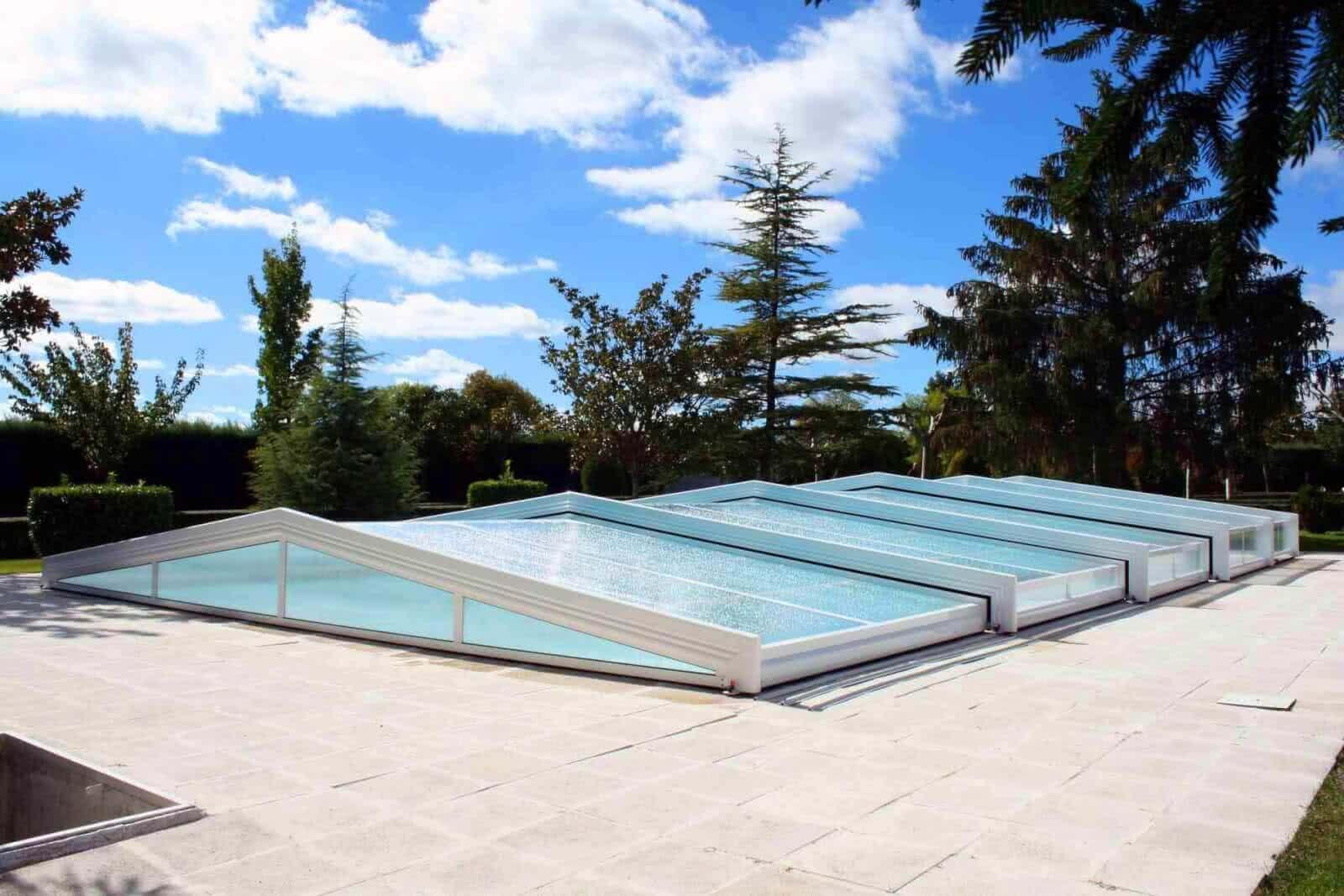 Cubiertas de piscinas personalizadas tecnyvan for Piscinas fabricantes