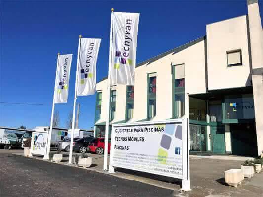 Fabrica de Cubiertas para Piscinas Tecnyvan en Salamanca