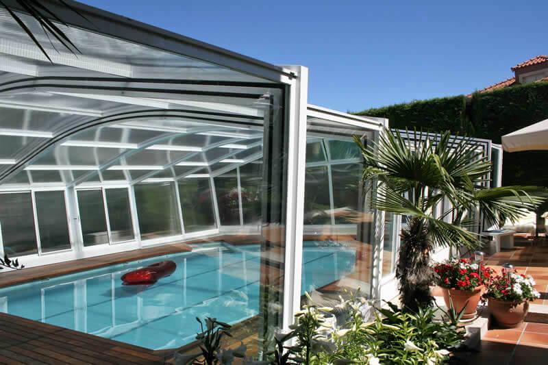 Cubiertas de piscinas en madrid tecnyvan fabricante de for Cubiertas para piscinas madrid