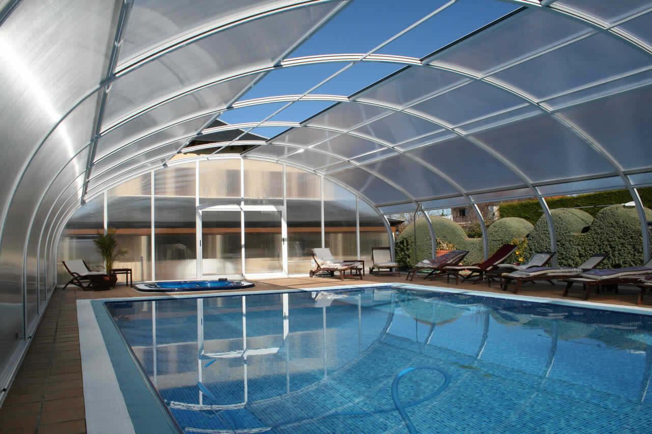 cubiertas altas para piscinas