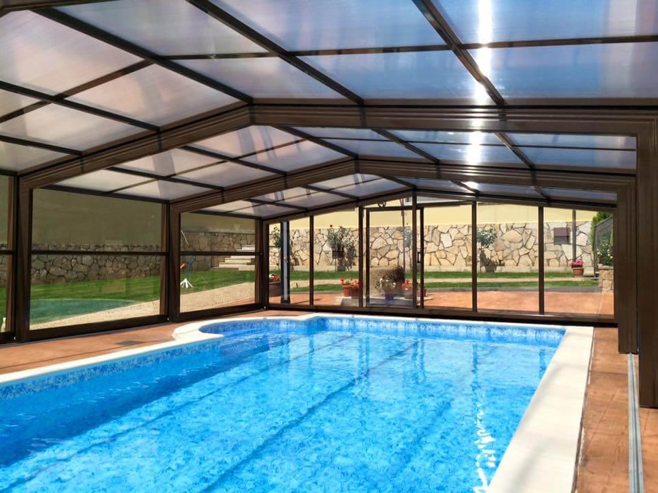 Cubiertas de piscina para casas rurales todas sus ventajas for Cubiertas para casas