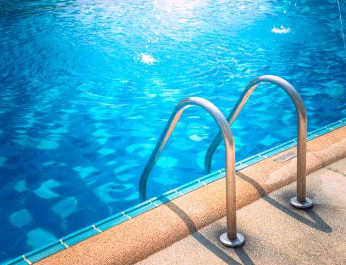 ¿Cuanta agua pierde una piscina por evaporación?