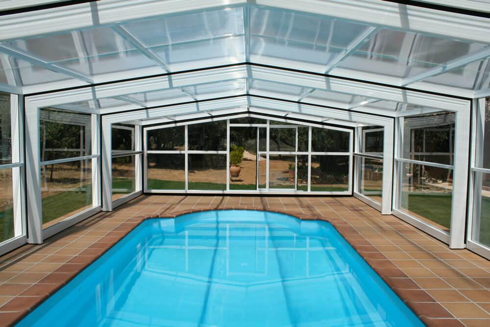 Cubierta Izalco: Cubierta de piscina alta y telescópica en Segovia interior