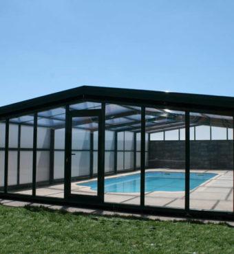 Cubierta Izalco: Cubiertas para piscina alta y telescópica en Asturias exterior