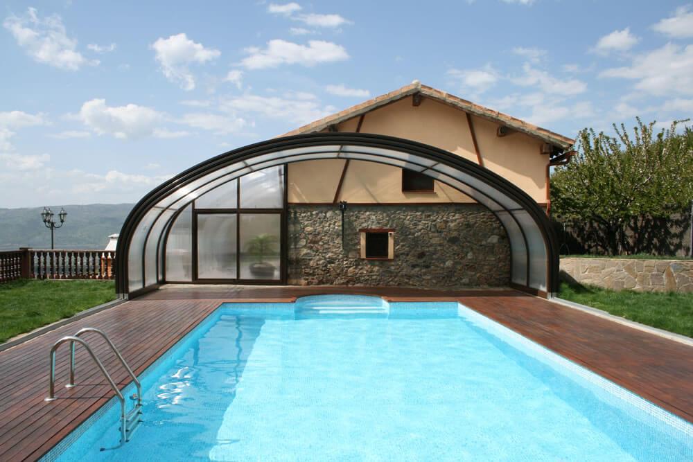 Cubierta Milos: Cubierta para piscina alta y telescópica en Cáceres Interior