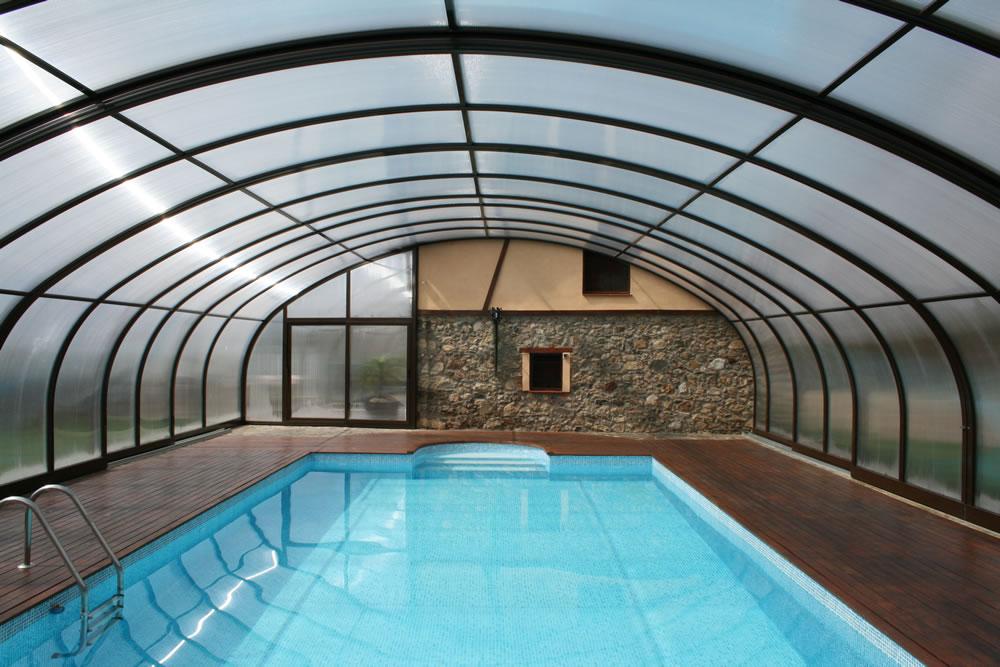 Cubierta Milos: Cubierta para piscina alta y telescópica en Cáceres
