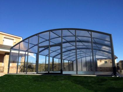 Cubierta Olimpo: Cubierta de piscina alta y telescópica en León exterior