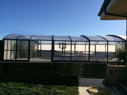 Cubierta Olimpo: Cubierta de piscina alta y telescópica en León exterior lateral