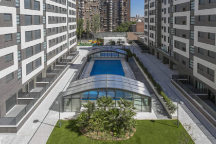 Cubierta Olimpo: Cubierta de piscinas telescópica y alta en Madrid