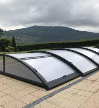 Cubierta Teide: Cerramientos de piscina baja y telescópica en Asturias - Gijón exterior lateral