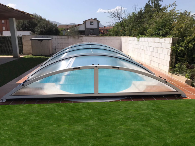 Cubierta Teide: Cubierta baja y telescópica para piscina en Madrid sierra