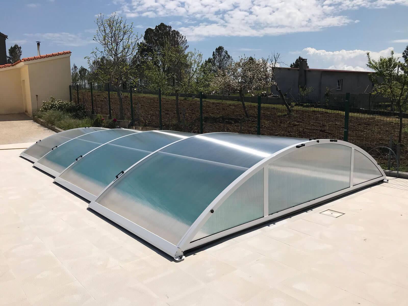 Cubierta telesc pica y baja para piscina en portugal for Cubierta piscina desmontable