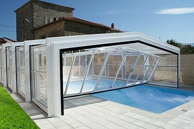 Cubiertas altas para piscinas Izcalo