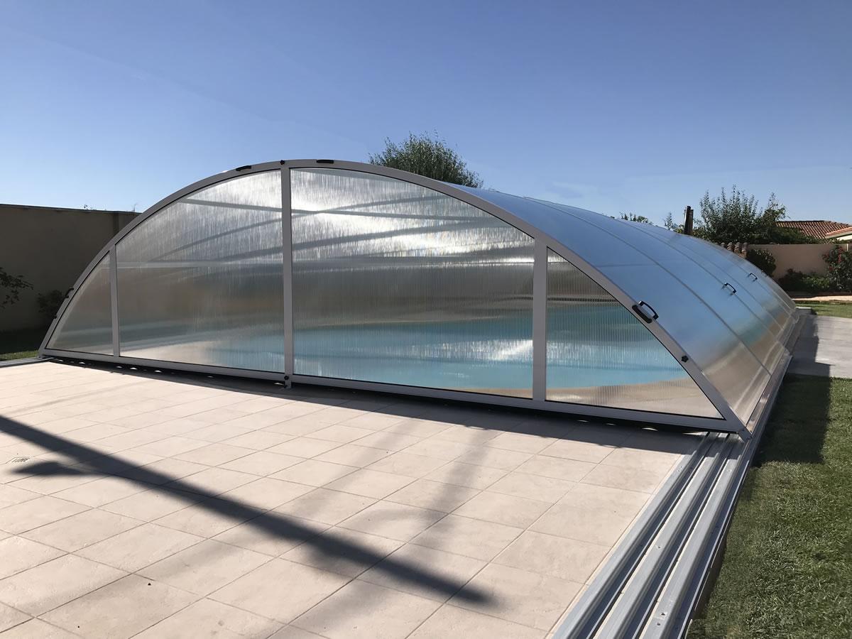 Cerramiento Teide Plus para piscina en Zamora cerrada puerta