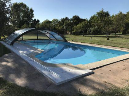 Instalación de Cubierta Teide Plus para piscina en Vitoria abierta
