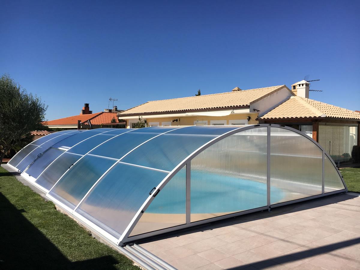 Cerramiento Teide Plus para piscina en Zamora cerrada