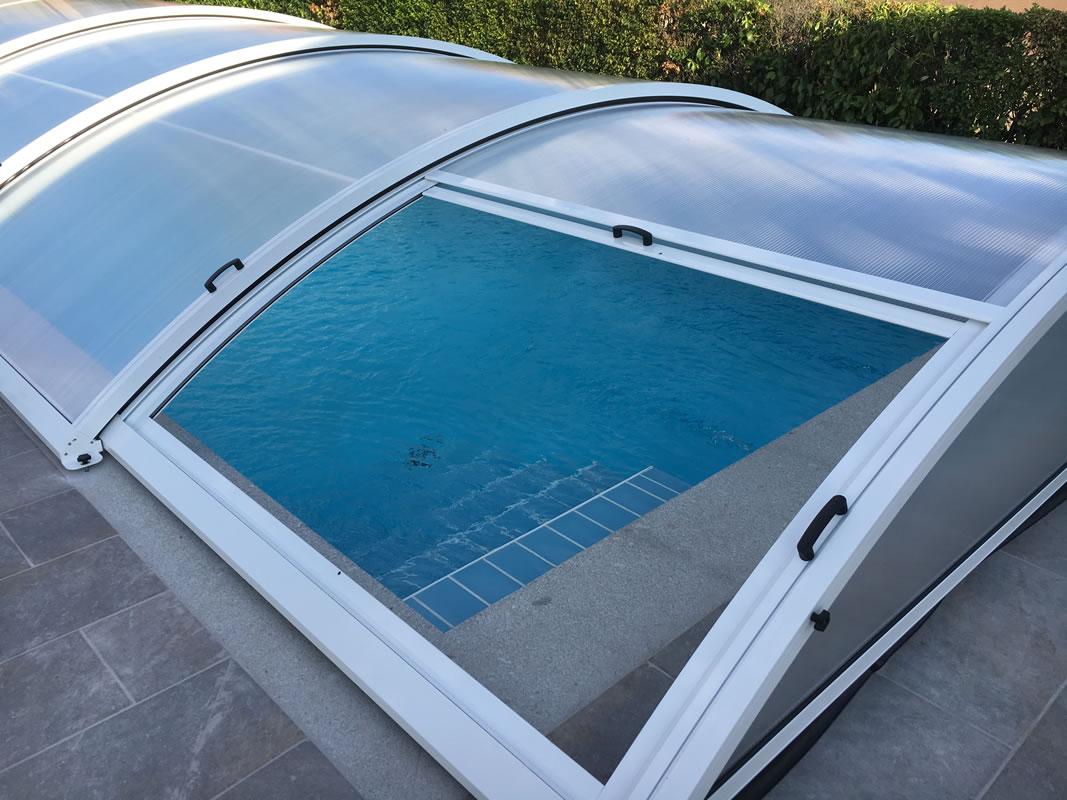 Cubierta de piscina bajo y telescópico en Salamanca cerrada