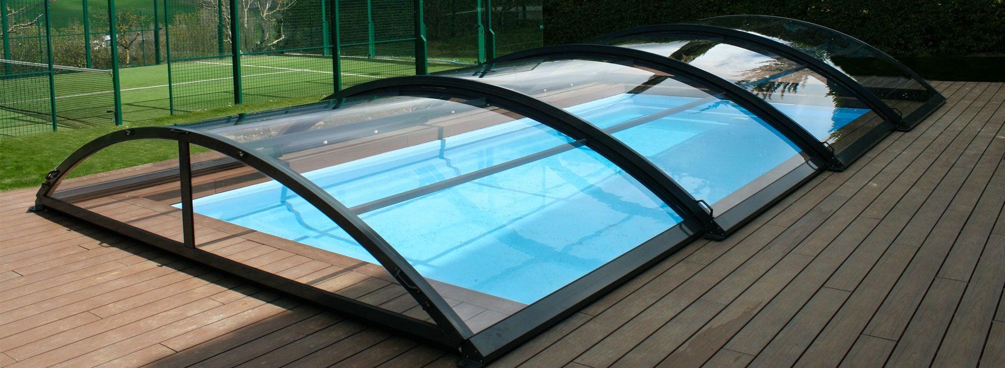 Madrid: Cubierta de piscina baja y telescópica