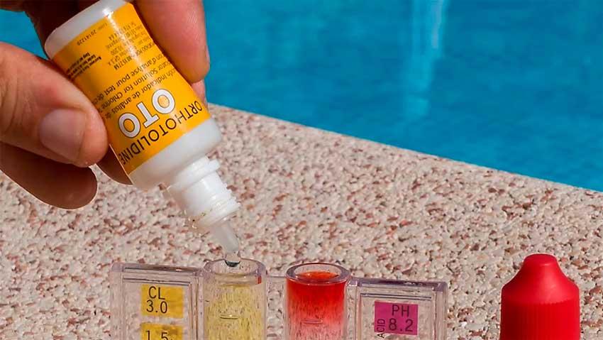 comprobar ph y cloro en la piscina